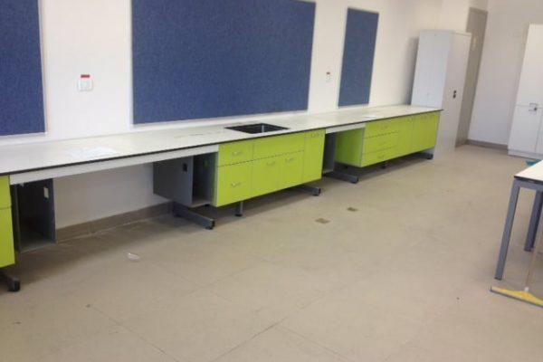 שולחן הקיפי מעבדה ביוטכנולוגיה