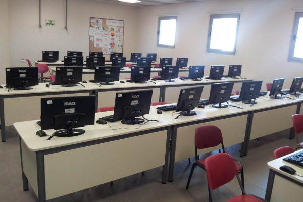 כיתת מחשב פרוניטלי
