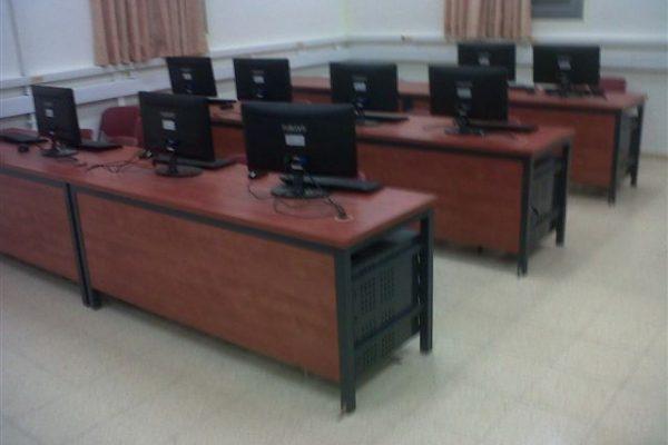 כיתת מחשב שורות